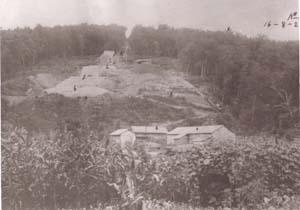 山部石綿鉱山採掘跡