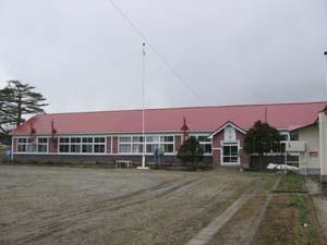 山部第一小学校校舎